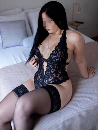 Escorts Donne giulia (como)