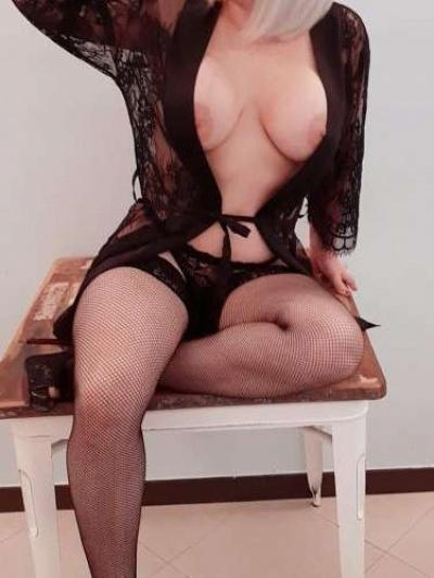 Escorts Donne carla (sorrento)