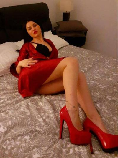 Escorts Donne yssa (tivoli)